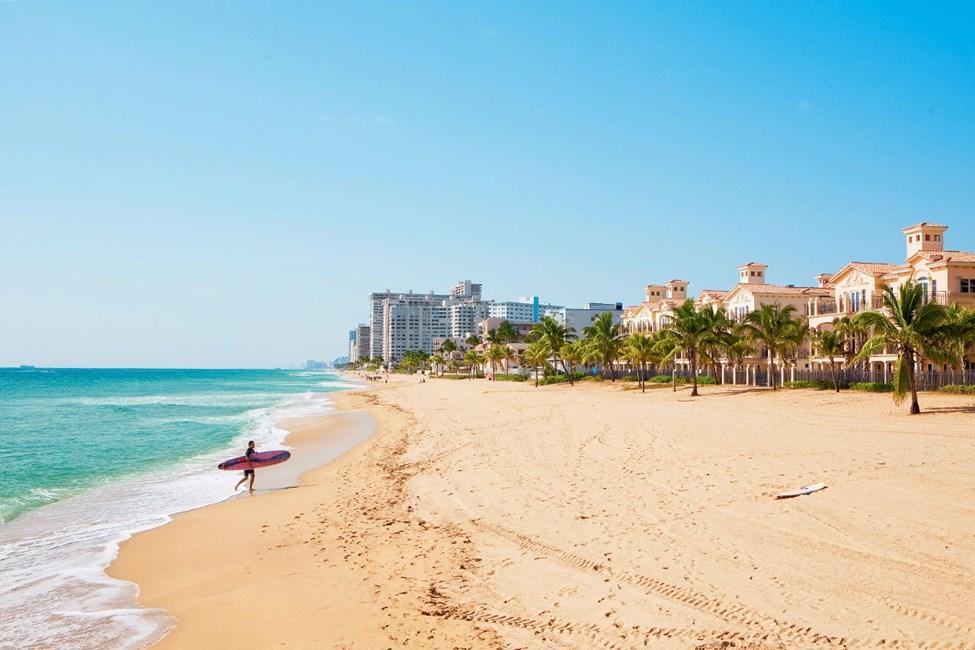 Den milslånga stranden i Fort Lauderdale