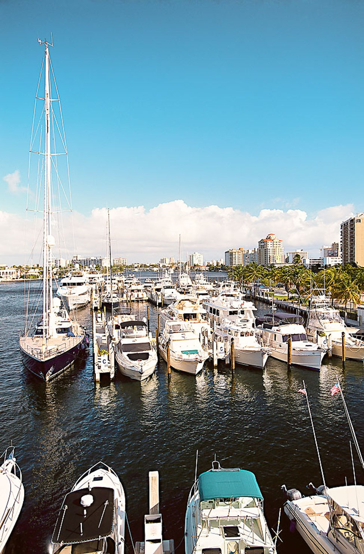 Längs kanalsystemet i Fort Lauderdale ligger flotta lyxvillor, lustjakter och segelbåtar