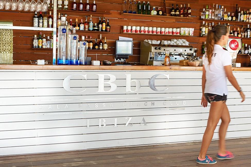 Cala Bassa Beach Club, utanför San Antonio