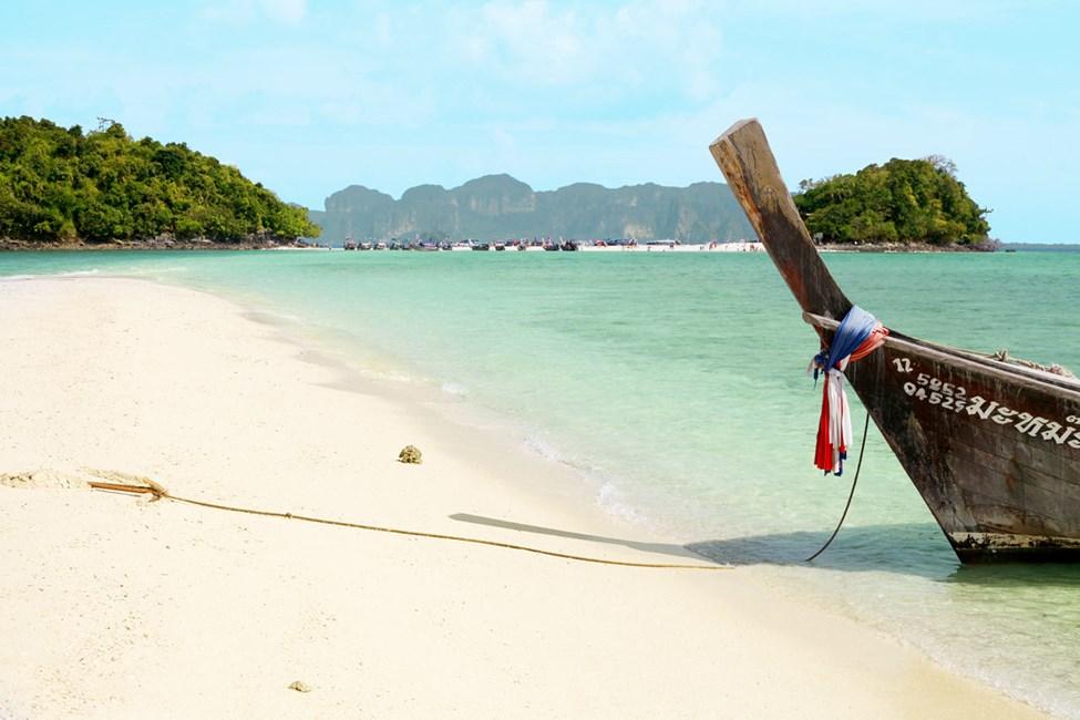 Åk till Chicken Island och Tup Island från Klong Muang