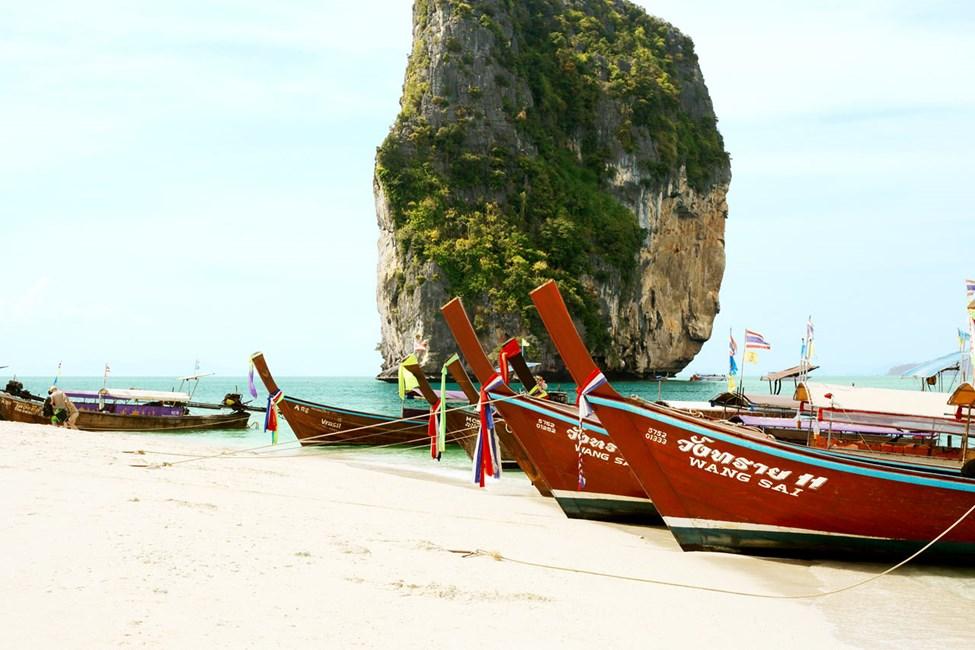 Varför inte en båtuflykt till den fantastiska ön Poda Island?