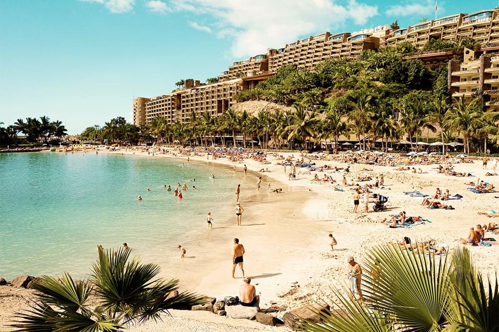 Anfi-stranden, ca 15 minuters promenad från Sunwing Arguineguín Seafront