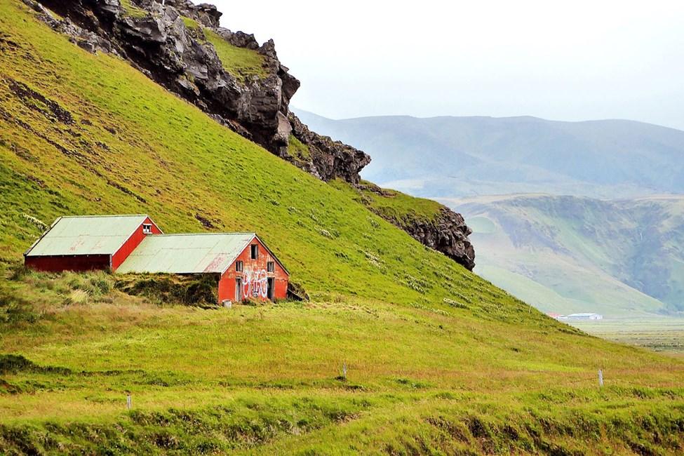 Reykjavik är en bra utgångspunkt för att utforska Islands spännande natur