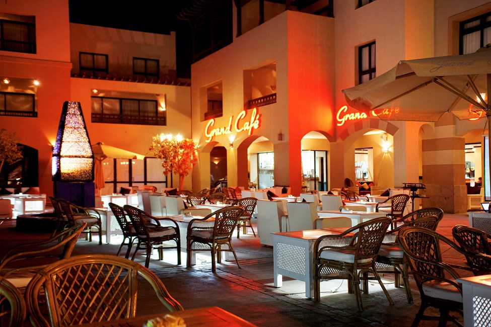 Grand Café i Port Ghalib