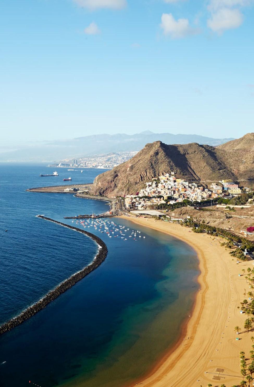 Playa de las Teresitas, cirka sju kilometer från Santa Cruz