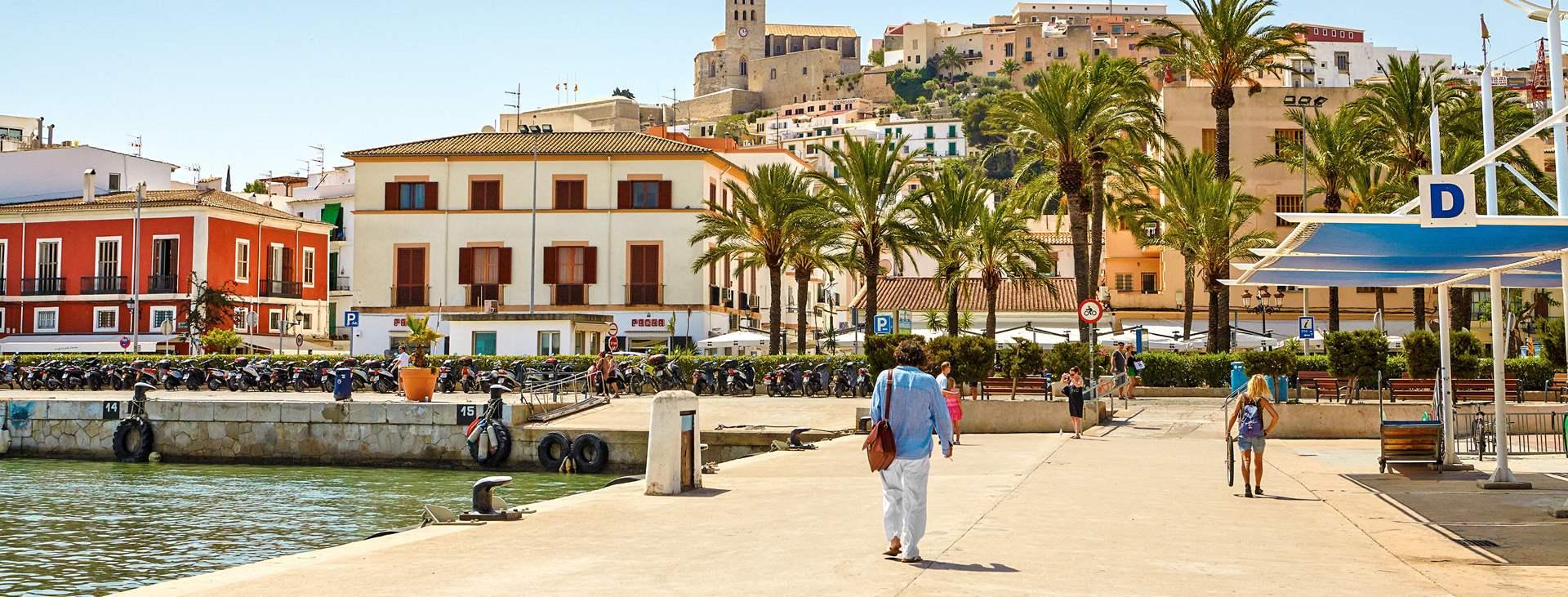 Boka din resa till Ibiza stad i Spanien med Ving