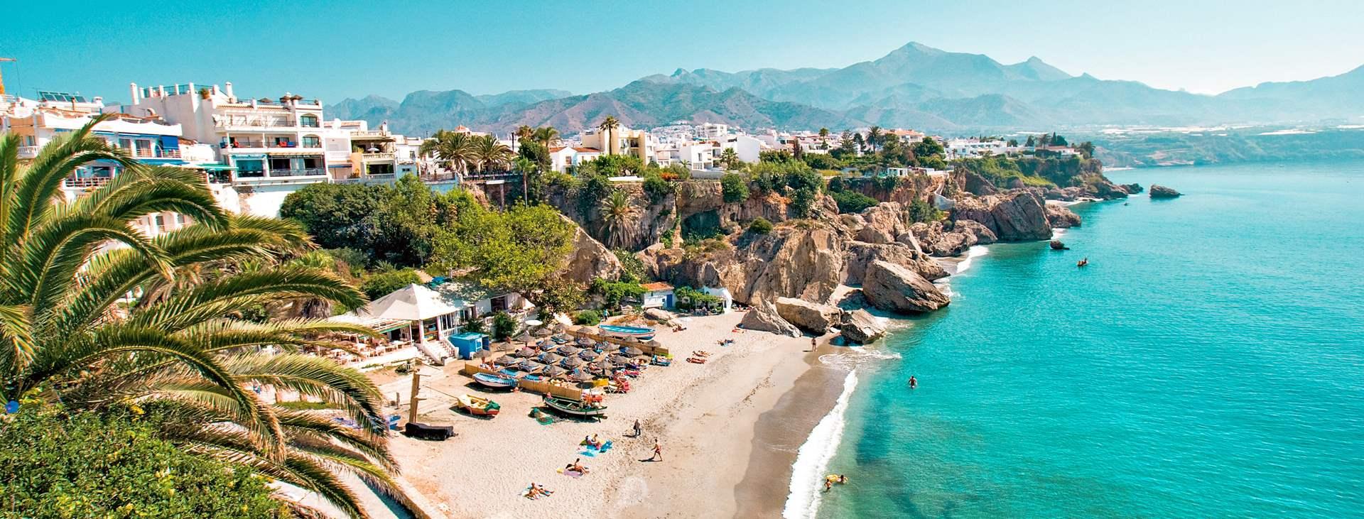 Boka din resa till Nerja på Costa del Sol med Ving