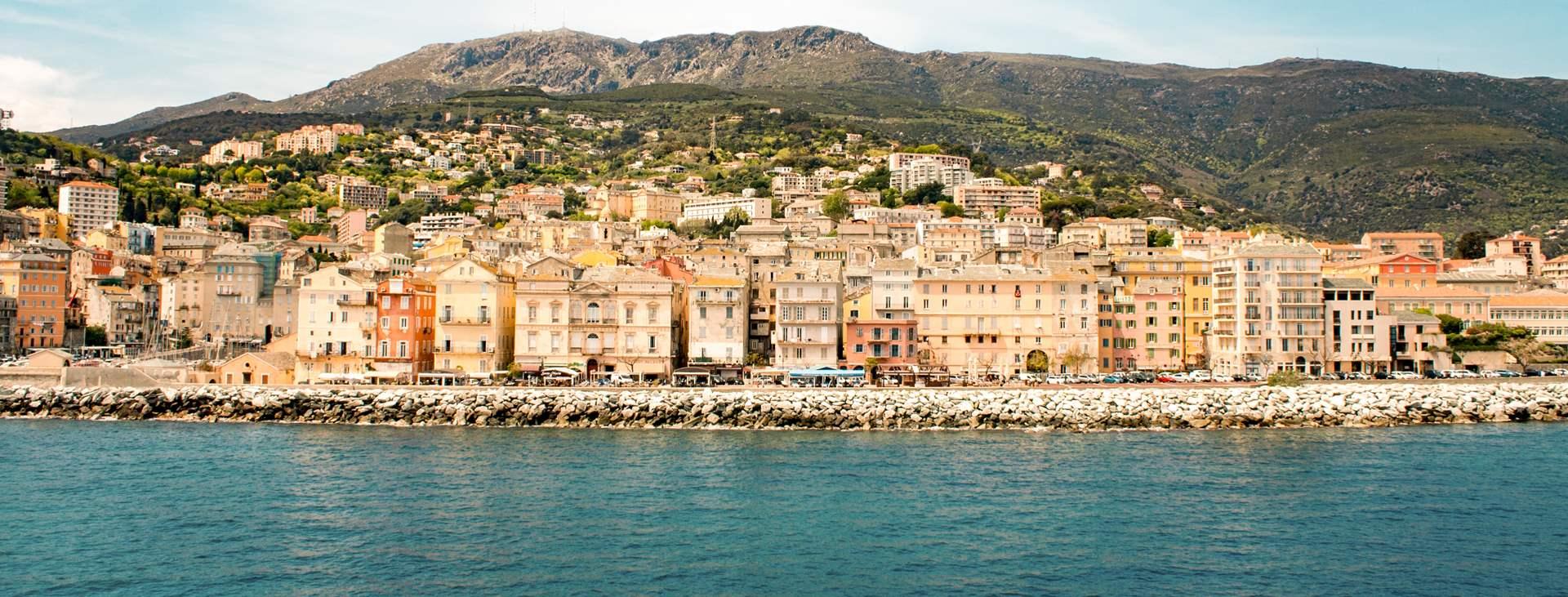 Boka en resa till Bastia på Korsika med Ving