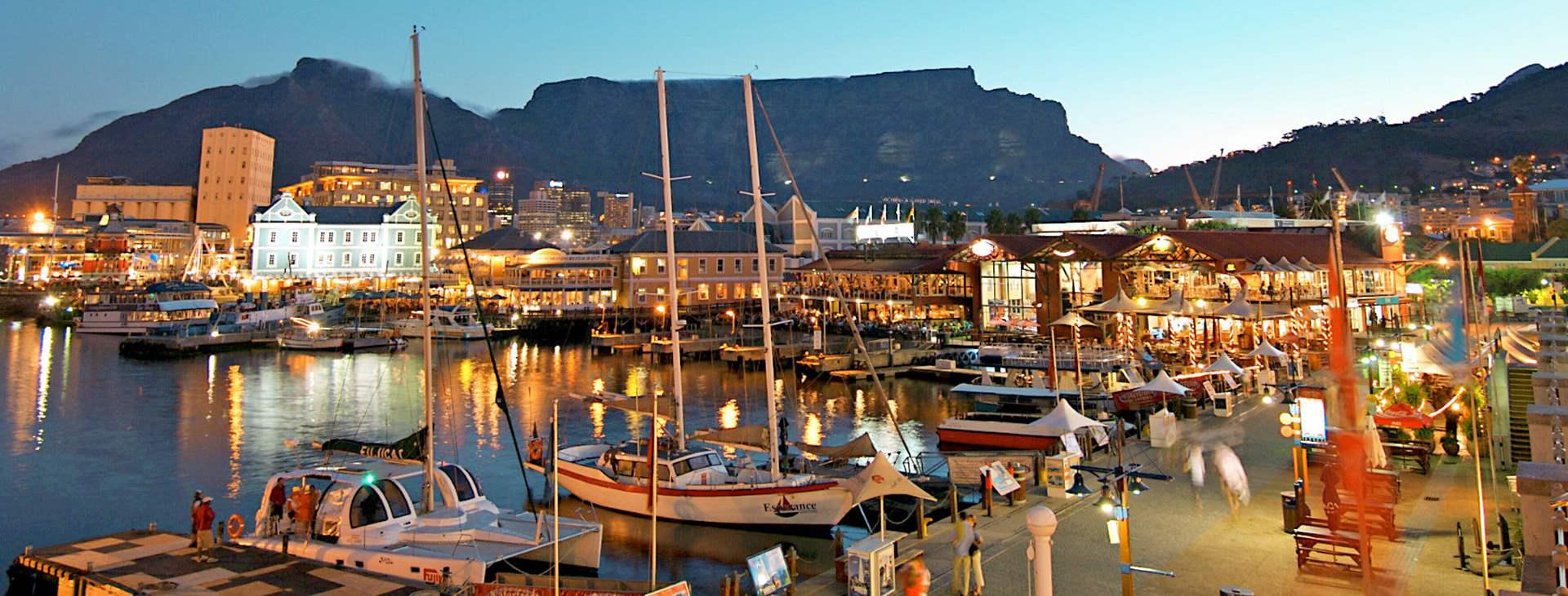 Boka en resa till Kapstaden i Sydafrika. Här kan du njuta av vita stränder, vacker natur, gott vin och bra golf.
