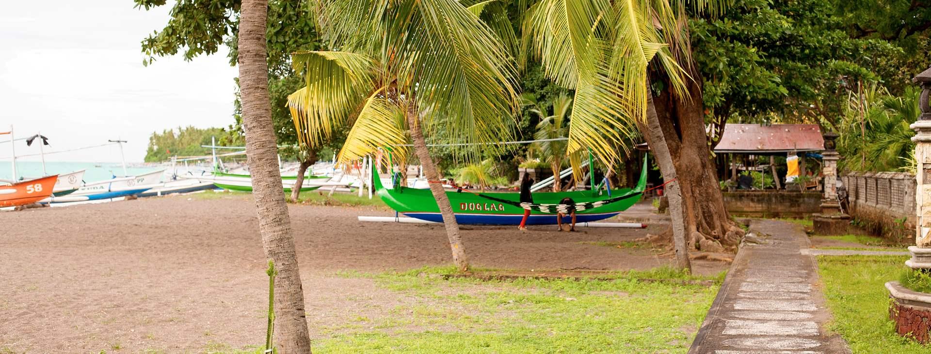 Boka en resa till Lovina Beach på Bali med Ving