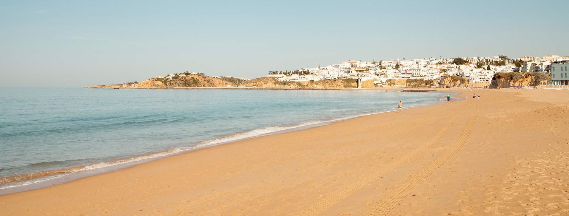Boka din resa till Albufeira på Algarvekusten med Ving