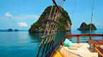 Med MV Phuket Champagne till sjöss